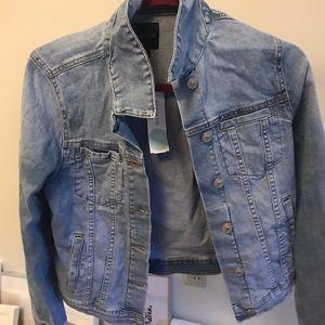 Light denim jacket NWT